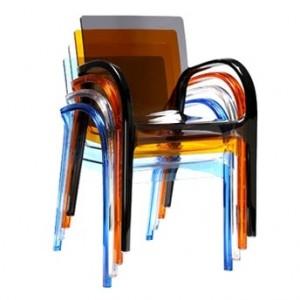 Muebles plásticos
