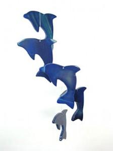 Figuras de delfines decorativas