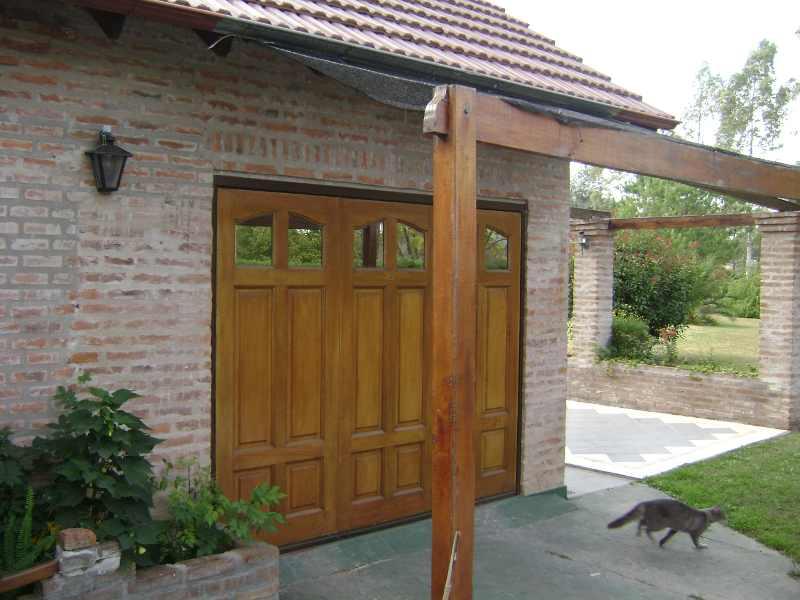 mantenga abierta la puerta del garage. Black Bedroom Furniture Sets. Home Design Ideas