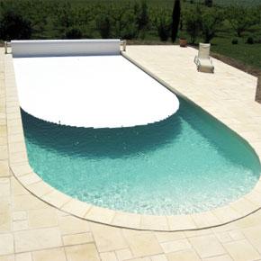 Cu les son los accesorios necesarios para una piscina for Piscinas plastico duro